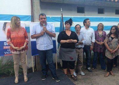 �lvarez Rodr�guez encabez� un acto en apoyo a Scioli en San Fernando