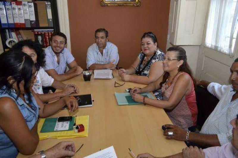 AOEM satisfecho con el plus anunciado por Ríos