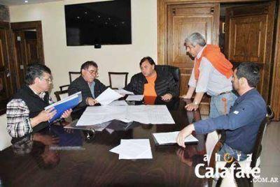 Santana y Belloni firmaron convenio por red de gas