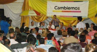 Balotaje: el Frente Cambiemos cerr� la campa�a en Villa �ngela