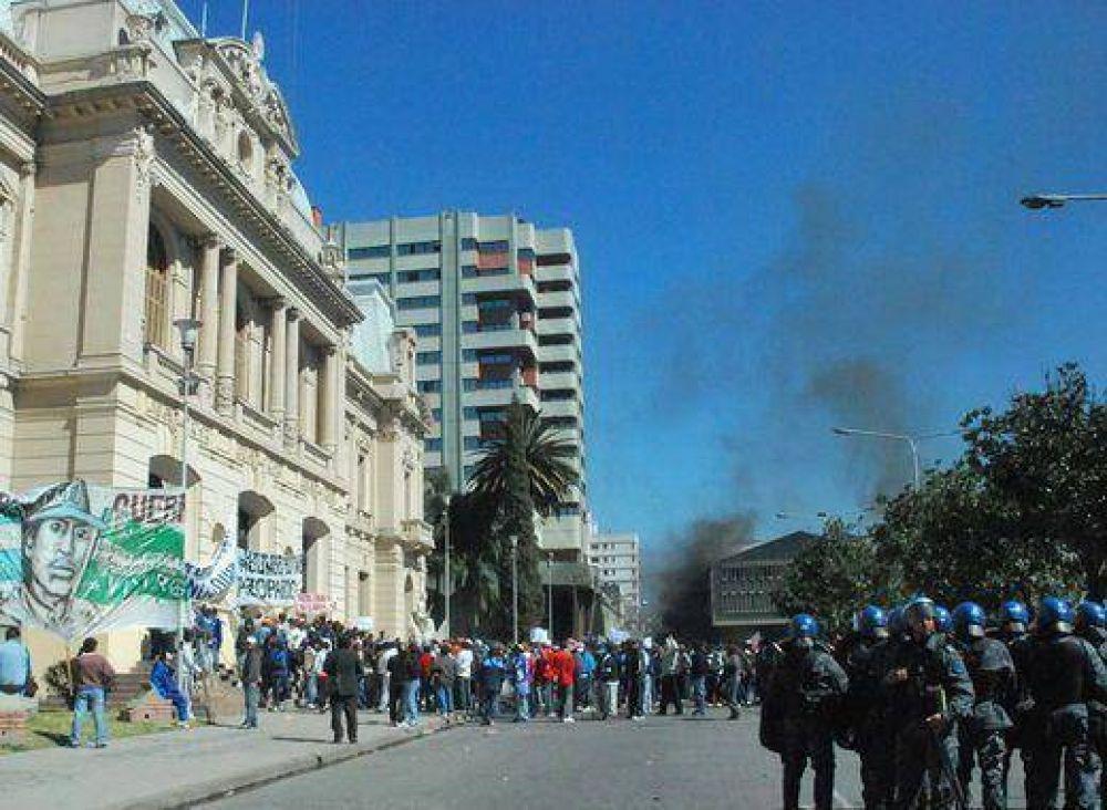Por daños en Casa de Gobierno, promovieron acción penal