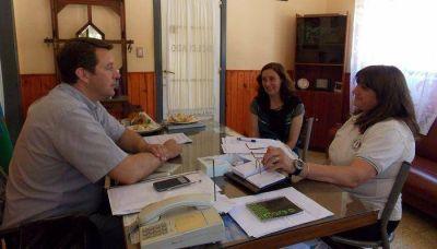 Trankels le entregó un importante subsidio al Colegio Fortín Pavón de Saldungaray