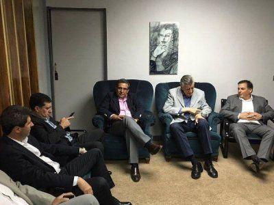 Beder y Casas acompañan a Scioli en el encuentro de dirigentes regionales