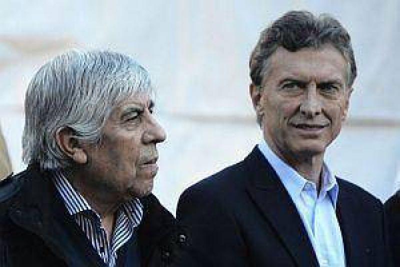 Tras guiño a Macri, ahora Moyano pide