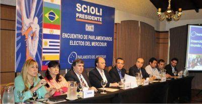 Parlamentarios del NEA, por el Frente para la Victoria, ratificaron su respaldo a la candidatura de Daniel Scioli