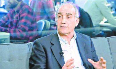 Vidal prepara una reducción de empleos estatales