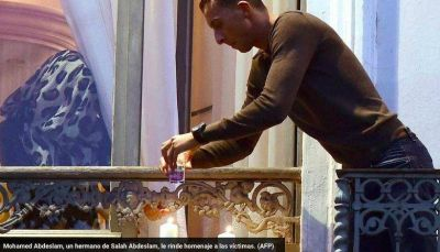 El hermano de dos de los terroristas rinde homenaje a las víctimas de París