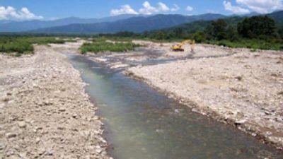 Aprueban régimen urbanístico para la ribera del río Vaqueros