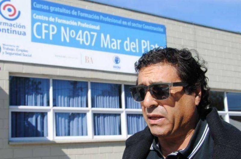"""Trujillo: """"Es muy emocionante ver a tantas personas que quieren estudiar un oficio"""""""