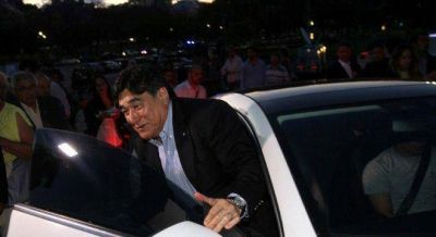 Zannini evit� la autocr�tica: �Hay un pa�s rico que vot� a Macri y uno pobre que vot� al FpV�