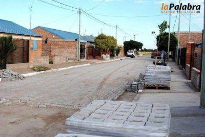 Colocan pavimento articulado en el barrio Empleados de Comercio