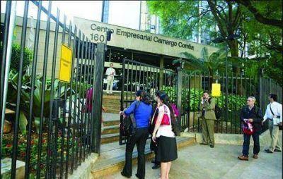 El escándalo Petrobras impacta en Alpargatas y en Loma Negra