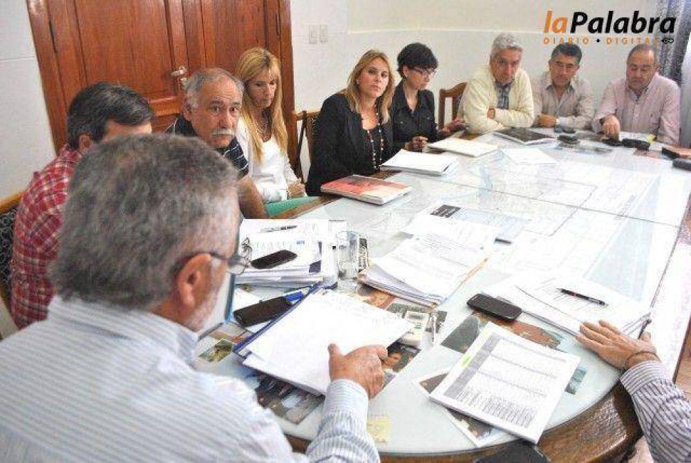 Curetti recibió al electo intendente José Luis Zara y parte de su equipo