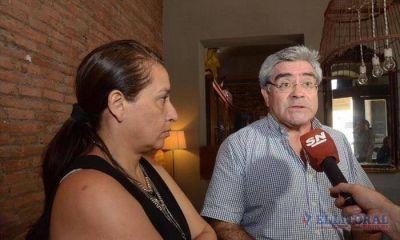 Ex constituyentes se alzan en contra de una prórroga del mandato de Colombi