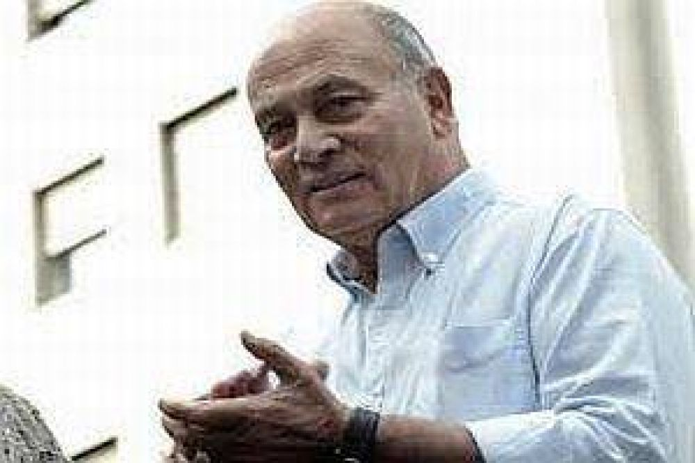 Venegas dice que la unificación de la CGT requiere