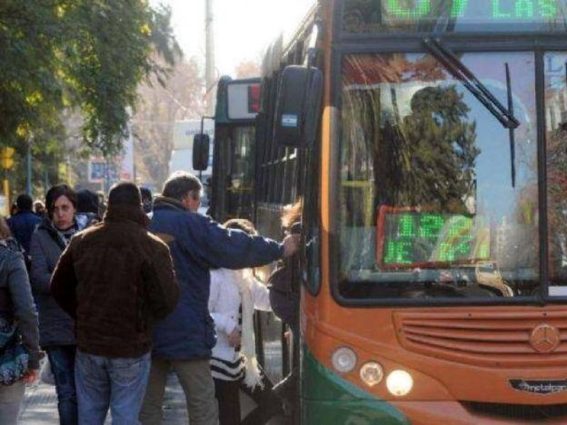 AUTAM volvió a amenazar con la suspensión del servicio nocturno de pasajeros