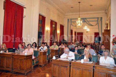 Ingreso del presupuesto y quejas por el estado de calles en el Concejo
