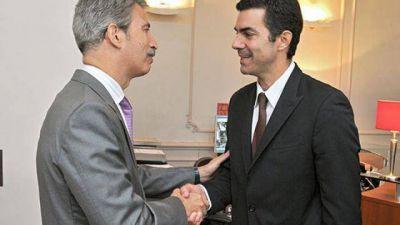 Urtubey reiteró que Argentina debe volver al mercado de capitales