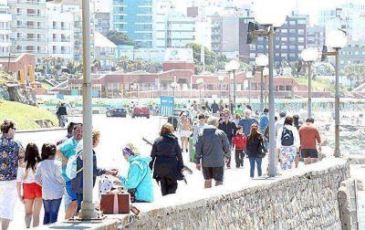 El buen clima despidió a los turistas que disfrutaron del fin de semana largo