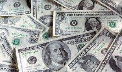 El dólar blue se hundió a $14,74 y el BCRA vendió otros u$s 40 M