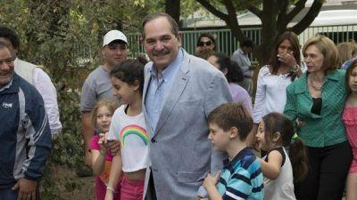 Piden que Alperovich no asuma como senador, por una causa en Tucumán