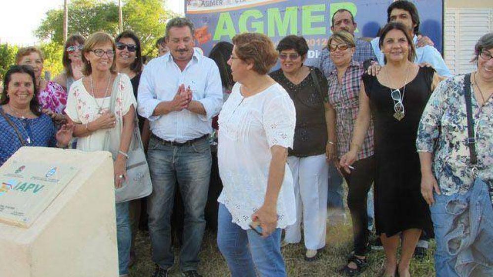 Agmer inauguró casas para docentes