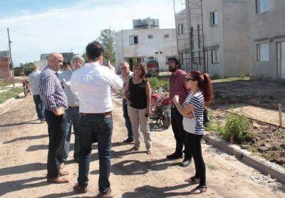 El intendente recorrió la obra de terminación de 49 viviendas sociales