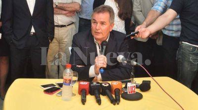 El intendente electo H�ctor Gay present� el gabinete a 9 d�as de asumir en la Comuna