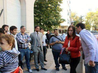 La falta de cintura de Vidal pone en riesgo la gobernabilidad: La UCR habla de un pacto con el FpV
