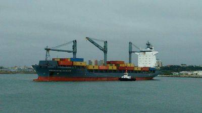 Evalúan plan de dragado de mantenimiento para el puerto