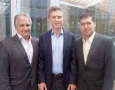 Macri le garantiz� a Casas el pago del aguinaldo en La Rioja