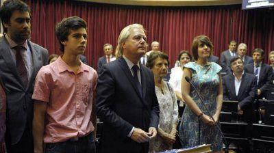 Juraron 28 senadores nuevos: asumieron sus bancas Alperovich y la cuñada de Máximo Kirchner