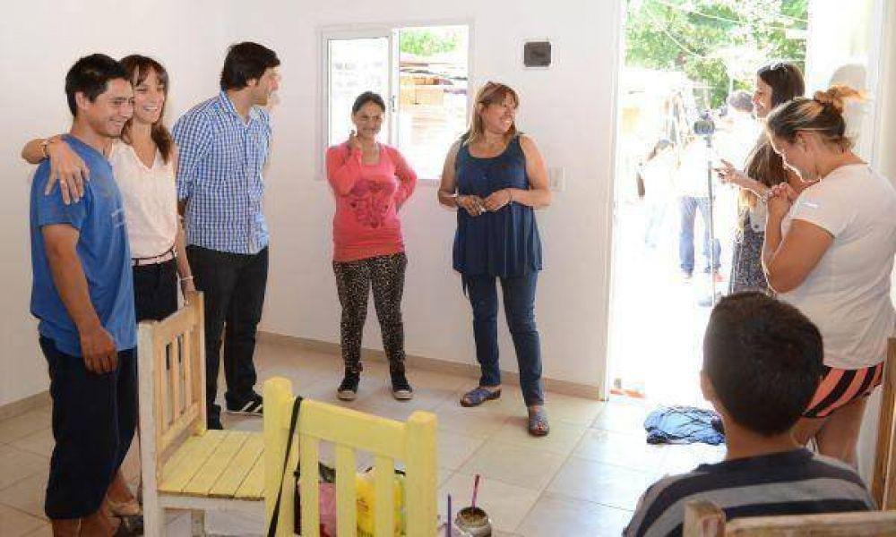 Nuevas viviendas y mejoras habitacionales para el barrio La Esperanza
