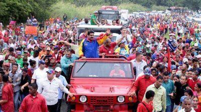 Maduro convocó al chavismo a ganar