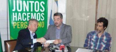 Pacini entregó un subsidio millonario a la UNNOBA
