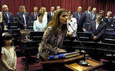 Virginia García juró ayer en el Senado