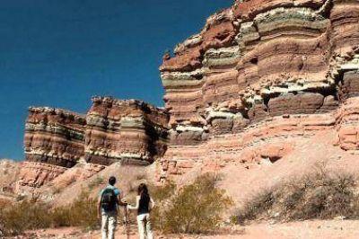 Fin de semana largo: los arribos de turistas a destinos del país crecerán un 40%