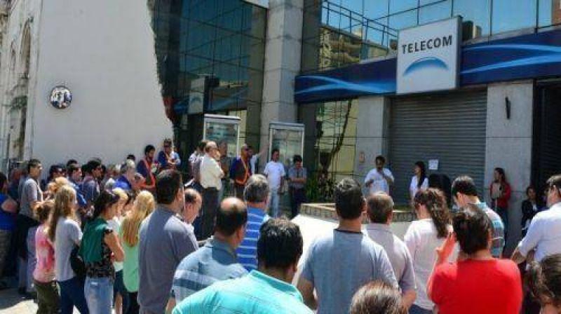 Continúan las reuniones entre Telecom y la Federación de trabajadores telefónicos