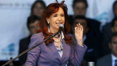 Fuerte reacción de Cristina contra Macri: dice que le gritó por teléfono y la maltrató