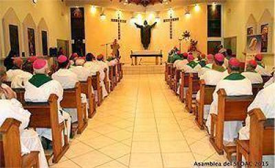 """Mons. Juan Espinoza: """"el SEDAC y el CELAM estamos en profunda sintonía"""""""