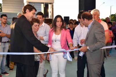 Inauguraron una nueva estaci�n de servicio en Ataliva Roca