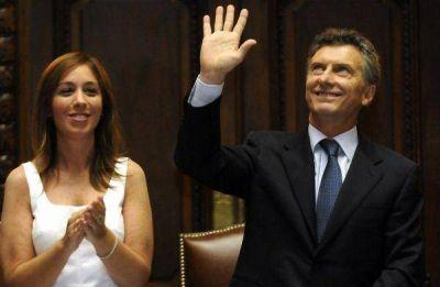 Mientras Macri