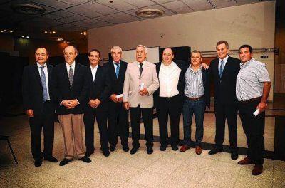 Puan: Castelli renueva su cargo por cuatro años