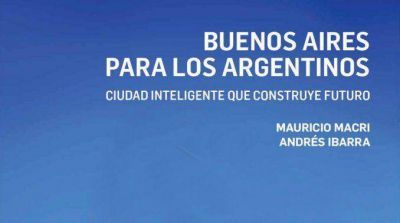 Antes de asumir, Macri present� un libro en donde traza el perfil ide�l�gico del PRO