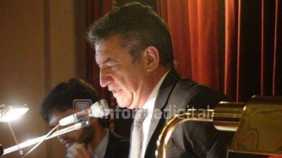 Urribarri quedó al frente de Diputados y prometió gobernabilidad a Bordet