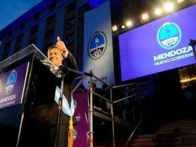 Asumió Cornejo y habló de austeridad y soluciones paulatinas