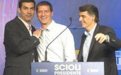 Kosiner confirmó que mañana los legisladores nacionales por Salta asistirán a la jura de Macri