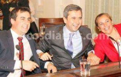 Juraron los nuevos ediles y Aued seguirá como presidente