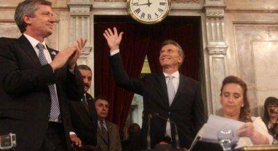 Macri asumió con llamado a la unidad y a combatir pobreza y corrupción