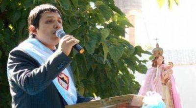 Asumi� N�blega con su gabinete en Tinogasta